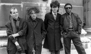 Addio a Andy Anderson, batterista nei Cure di Robert Smith a metà degli anni 80
