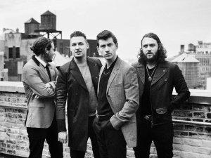 Arctic Monkeys, online un minidocumentario sul tour in Sudamerica