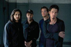 Gli Audioslave si riuniscono a Los Angeles per l'evento anti-Trump