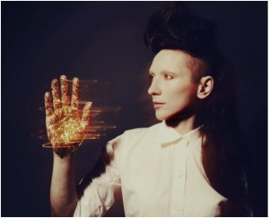 Torna My Brightest Diamond in Italia