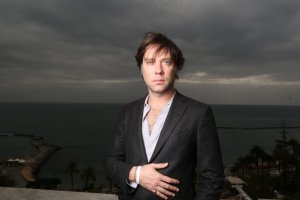 Annullati i concerti di Rufus Wainwright e Girls In Hawaii