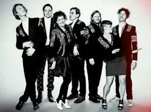 Gli Arcade Fire saranno sul palco del Glastonbury Festival