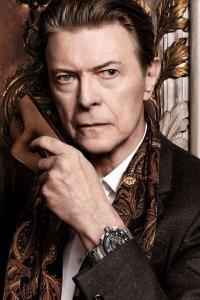 David Bowie è il protagonista dello spot di Louis Vuitton