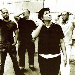 Kim Deal lascia i Pixies